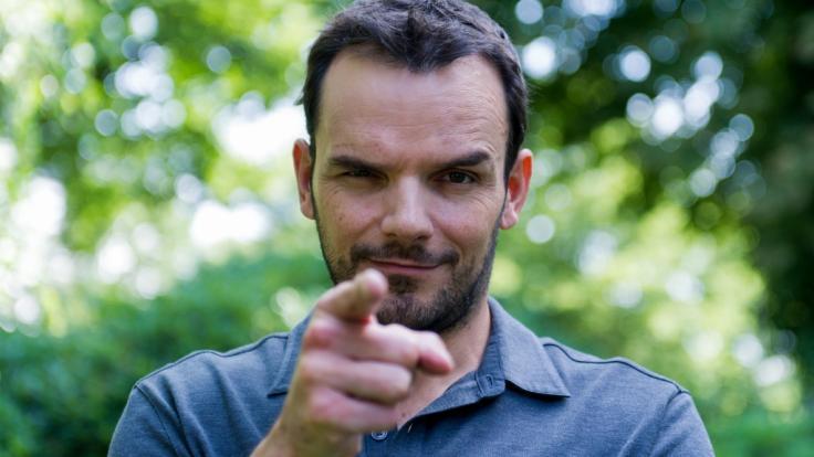 """TV-Koch Steffen Henssler bittet im August 2021 zu vier Sommer-Specials von """"Grill den Henssler"""". (Foto)"""