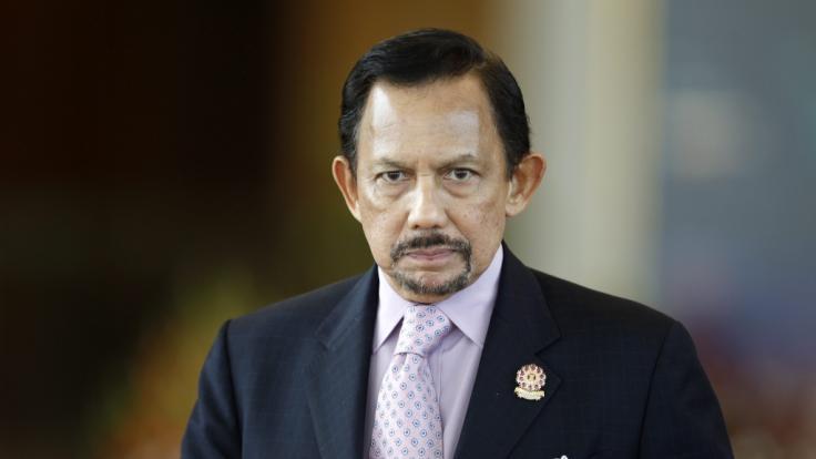 Tiefe Trauer bei den Royals: Prinz Azim, die Nummer vier der Thronfolge im Sultanat von Brunei, ist gestorben. Der Sohn von Sultan Hassanal Bolkiah wurde nur 38 Jahre alt und starb an einer schweren Krankheit. (Foto)