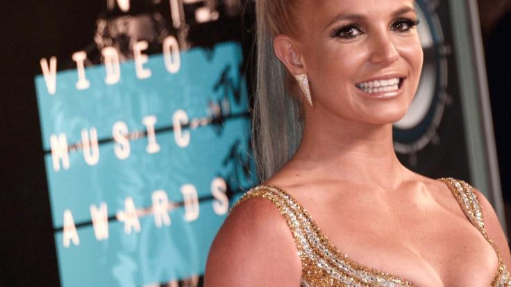 Britney Spears erklärt ihre Oben-ohne-Fotos. (Foto)