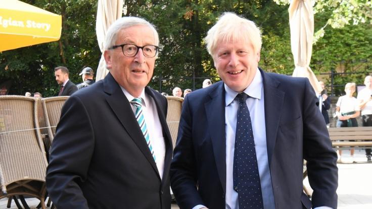 Boris Johnson und der noch amtierende EU-Kommissionspräsident Jean-Claude Juncker bestätigten am Donnerstag die Brexit-Einigung.