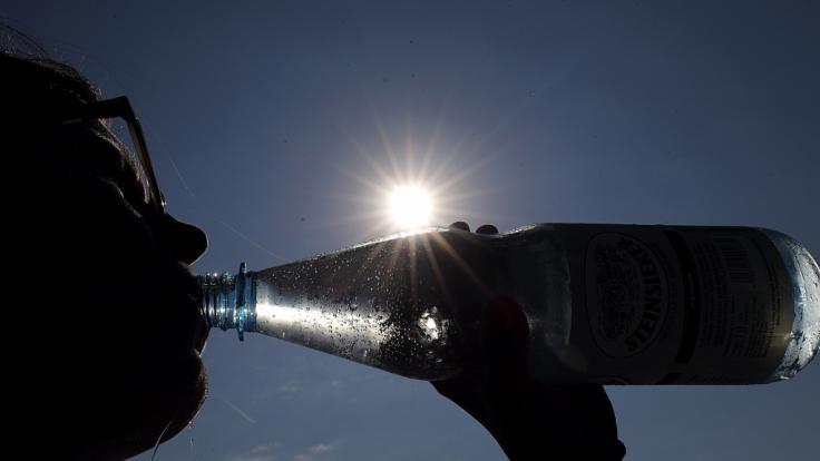 Nicht jedes Mineralwasser überzeugt die Ökotester. (Foto)