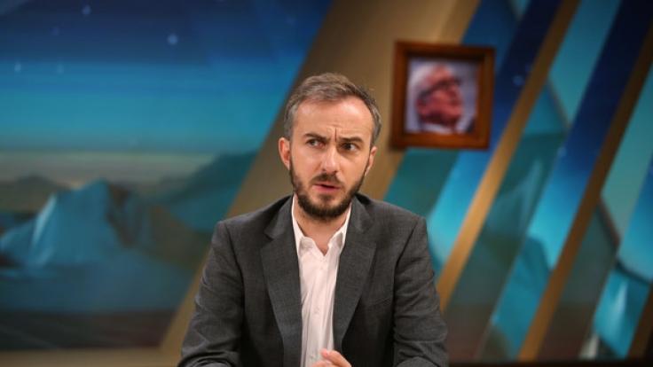 Jan Böhmermann kehrt mit einer neuen Staffel