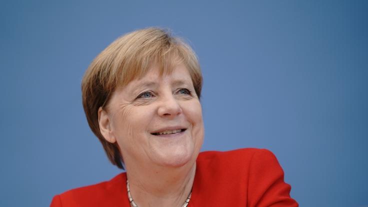 Angela Merkel hat mit Auszubildenden gesprochen. (Foto)