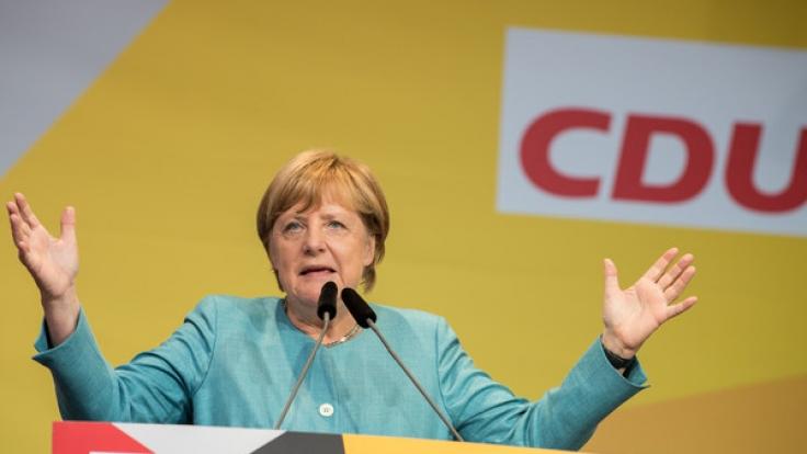 Die amtierende Bundeskanzlerin Angela Merkel geht mit der CDU und einem 76-seitigen Wahlprogramm in die Bundestagswahl 2017.