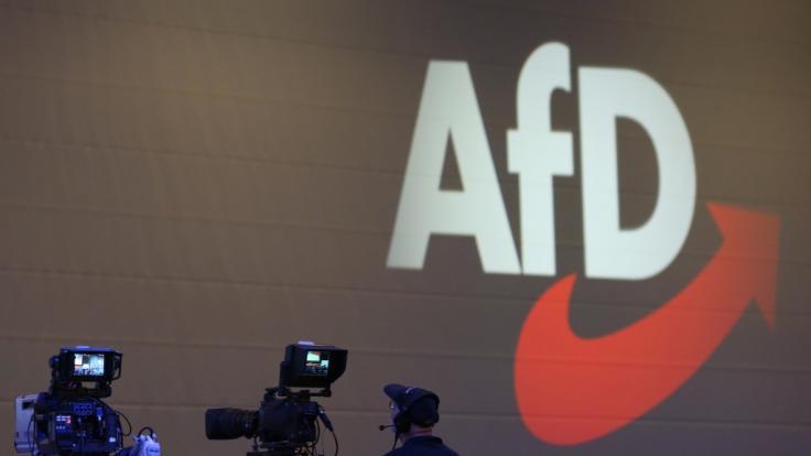 Die Spendenaffäre beschert der AfD weiterhin eher ungewollte Publicity.