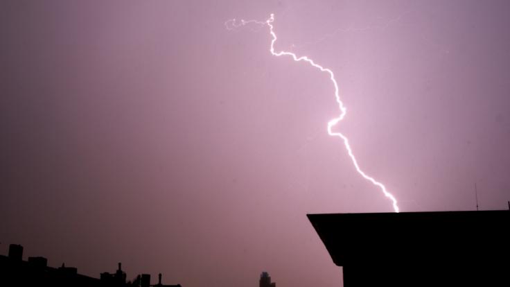 Unwetter im Anmarsch! Wetterdienst warnt vor heftigen Gewittern