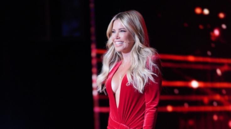 In diesem roten Kleid brachte Sylvie Meis die Zuschauer ganz schön ins Schwitzen.