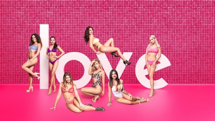 """Sieben Frauen suchen bei """"Love Island"""" die große Liebe. (Foto)"""
