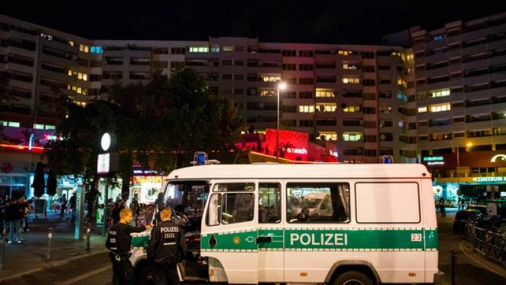 Das Kottbusser Tor in Berlin ist immer wieder im Mittelpunkt der Kriminalität (Foto)