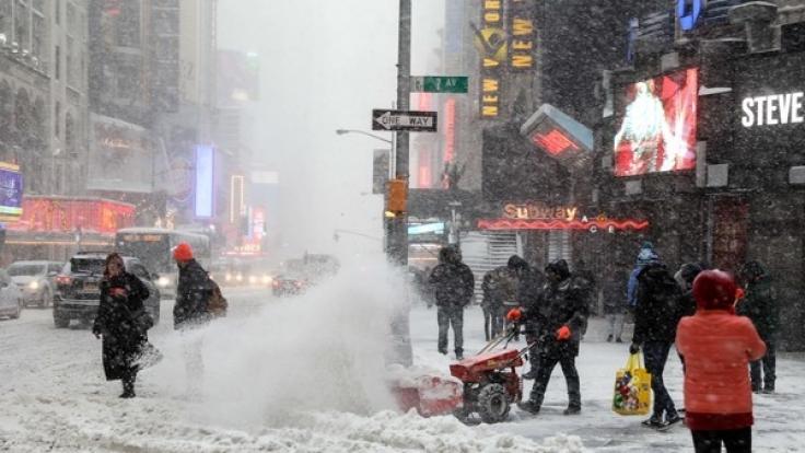 Der Schnee hat New York im Griff.