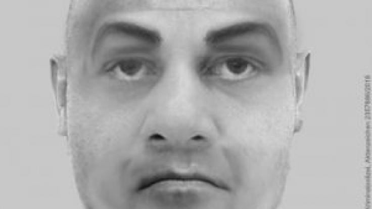 Mit diesem Phantombild sucht die Polizei in NRW nach einem der Männer, der im August 2018 eine Joggerin vergewaltigt haben soll.