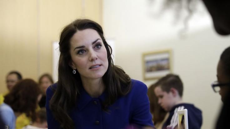 Die Queen hat den Urlaub von Kate Middleton und Prinz William gestrichen. (Foto)