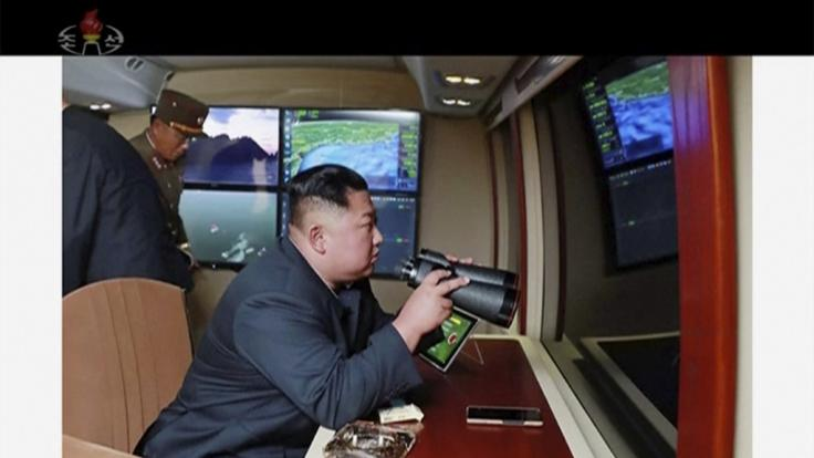 Kim Jong Un beobachtete Tests.