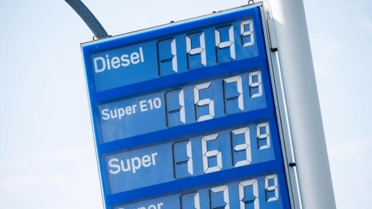 Die Benzinpreise in Deutschland sind auf den höchsten Stand seit zwei Jahren gestiegen. (Foto)