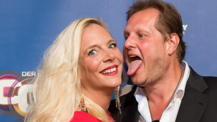Jens Büchner liebt es, mit seiner Ehefrau Daniela herumzualbern - doch jetzt ist der 49-Jährige nicht mehr wiederzuerkennen. (Foto)