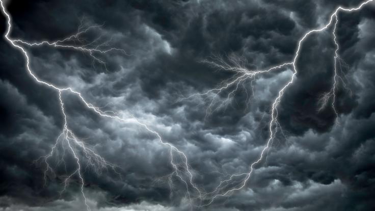 Sturmtief Brigitte wütet über Westeuropa.