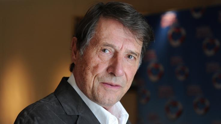 Sänger Udo Jürgens starb im Alter von 80 Jahren beim Spazieren gehen an Herzversagen.