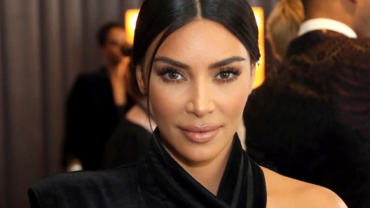 Kim Kardashian zeigt sich ganz natürlich. (Foto)
