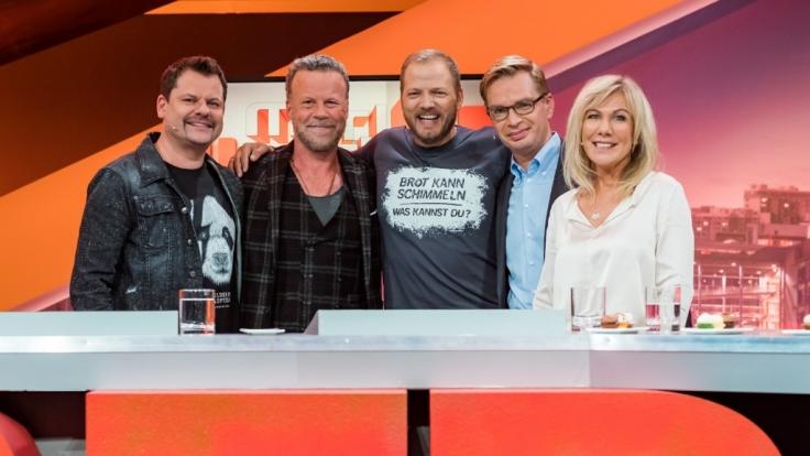 Ingo Appelt, Jenke von Wilmsdorff, Mario Barth, Reiner Holznagel und Ulrike von der Groeben (von links) auf der Spur von Steuerverschwendung. (Foto)