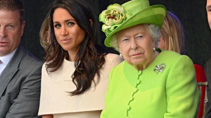 Meghan Markle muss in den sauren Apfel beißen und sich dem Willen von Queen Elizabeth II. beugen - auch bei der Ausgestaltung des Weihnachtsfestes. (Foto)