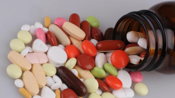 Schmerztabletten sind auf Dauer gefährlicher als Opioid. (Foto)