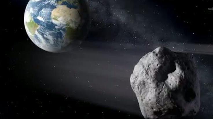 Anfang September 2020 machen sich gleich mehrere Asteroiden auf den Weg zur Erde (Symbolbild). (Foto)