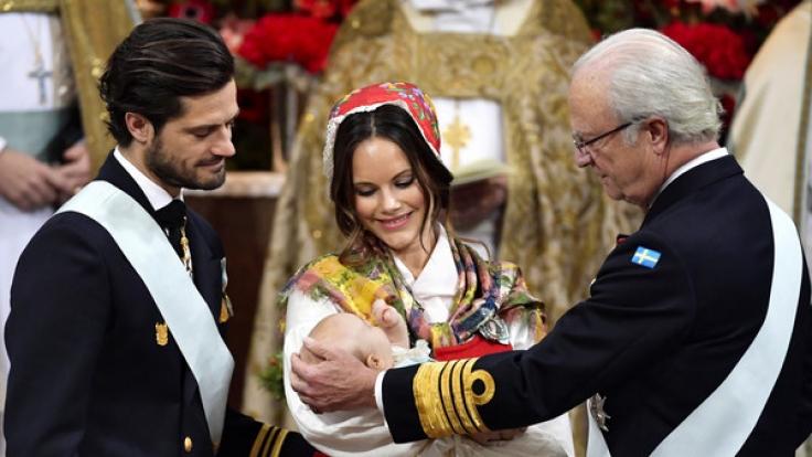 Prinz Gabriel von Schweden, der Sohn von Prinz Carl Philip und Prinzessin Sofia, wurde am 1. Dezember 2017 getauft.