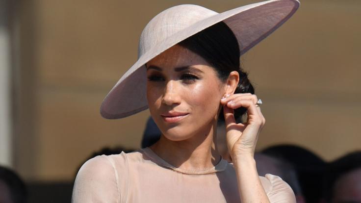 Meghan Markle kann sich Spitzfindigkeiten gegen die Familie ihres Ehemannes Prinz Harry offenbar nicht verkneifen. (Foto)