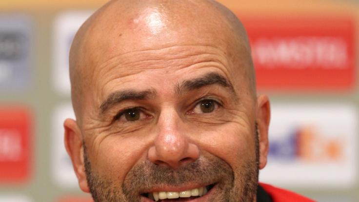Peter Bosz könnte beim BVB Nachfolger von Thomas Tuchel werden.