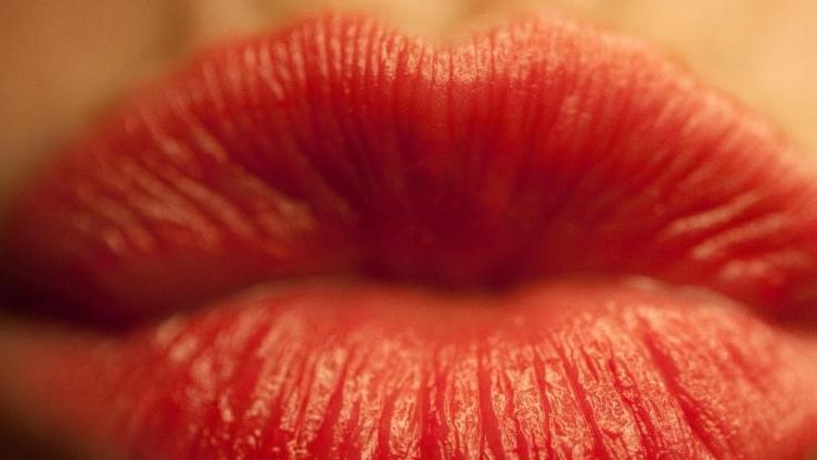Der Kuss zur Begrüßung in Frankreich schon fast eine Wissenschaft.