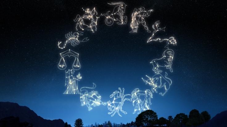 Was die Sterne heute für Sie bereit halten, lesen Sie im aktuellen Tageshoroskop auf news.de (Foto)