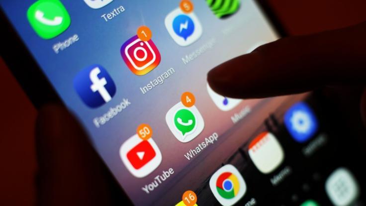 Tausende Nutzer klagen aktuell über Störungen bei Whatsapp, Instagram und Facebook. (Foto)