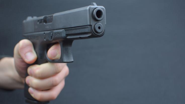 Eine Frau wurde von ihrem Ex-Freund erschossen.