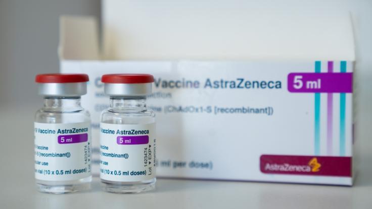 Eine Frau aus Schottland bekam nach der Impfung einen massiven Hautausschlag. (Foto)
