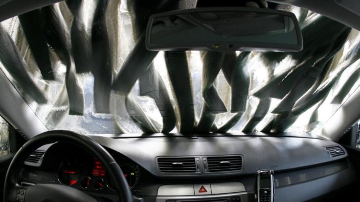 Ein Quickie in der Auto-Waschanlage verspricht einen ganz besonders sexuellen Kick! (Foto)