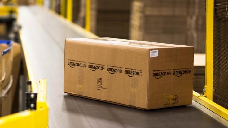 Amazon investiert am Standort Leipzig 1,2 Millionen Euro und will mittels Förderbänder Zeit sparen. (Foto)