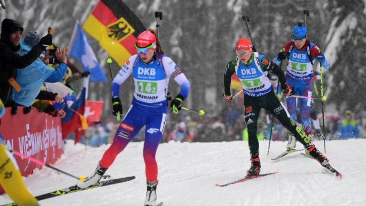 Paulina Fialkova aus der Slowakei, Franziska Hildebrand aus Deutschland und Margarita Wasilewa aus Russland beim Biathlon-Weltcup in Oberhof.