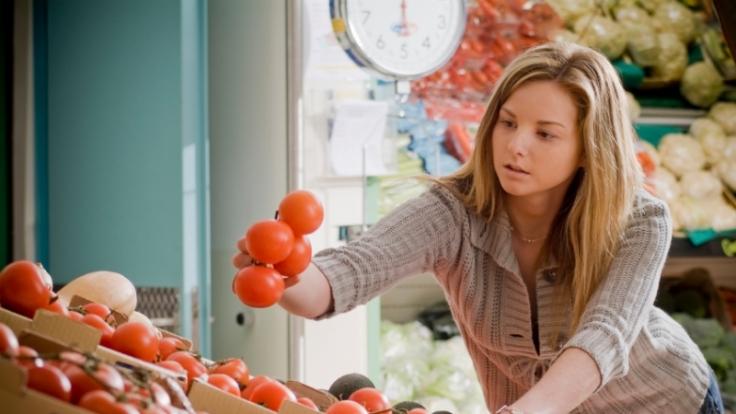 Orthorektiker suchen ihre Lebensmittel penibel aus. Der Einkauf kann da schon mal zwei Stunden dauern. (Foto)