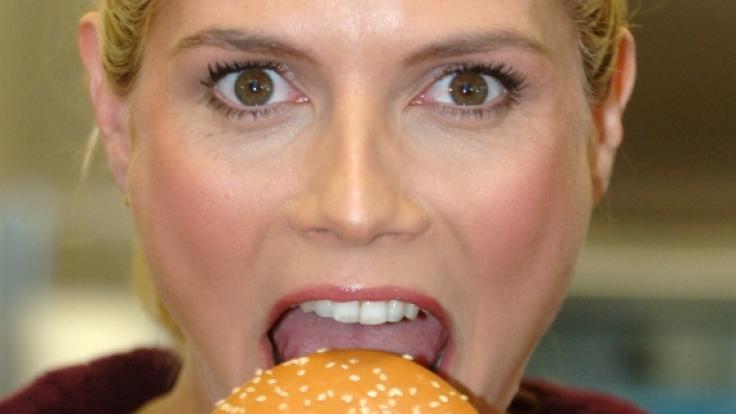 Heidi Klum hat früher einmal Werbung für McDonald's gemacht.