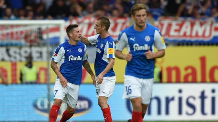 Heimspiel Holstein Kiel: Die aktuellen Spielergebnisse der 2. Fußball-Bundesliga bei news.de. (Foto)