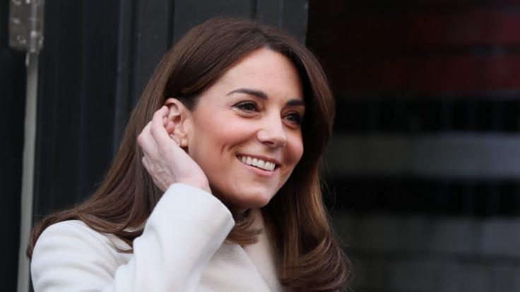 Kate Middleton freut sich aktuell über Baby-News. (Foto)