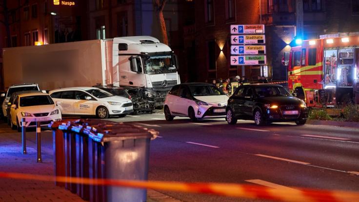 Nach einem Lkw-Unfall in Limburg wurden die Terror-Ermittlungen aufgenommen. (Foto)