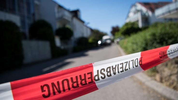 In einem Reihenhaus in Stuttgart-Riedenberg wurde die Leiche eines 60 Jahre alten Mannes gefunden. (Foto)