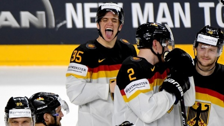 Die deutsche Eishockey-Nationalmannschaft hat im Viertelfinale gegen Kanada verloren.
