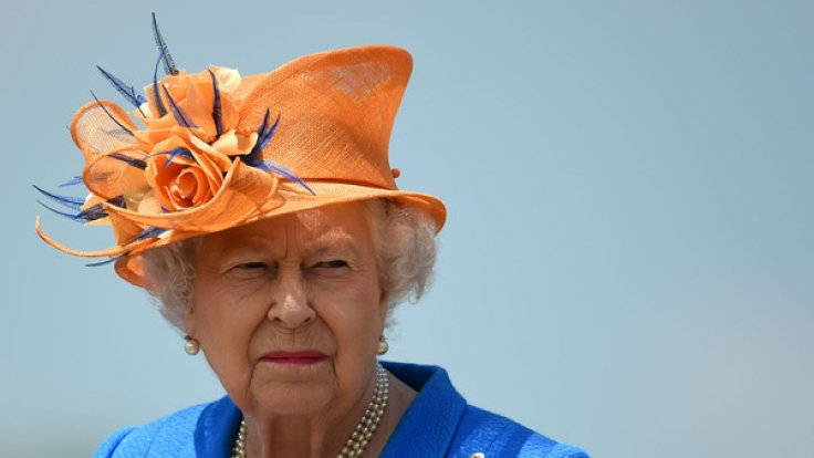 One is not amused! Queen Elizabeth II. hatte seit ihrer Krönung vor 64 Jahren nicht immer Grund zur Freude.