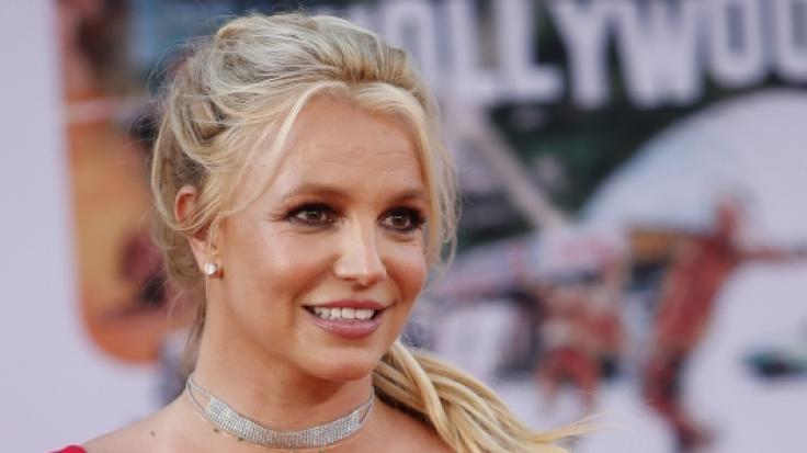 Britney Spears besorgte ihre Fans auf Instagram mit Posts über Babys und in Strumpfhosen. (Foto)