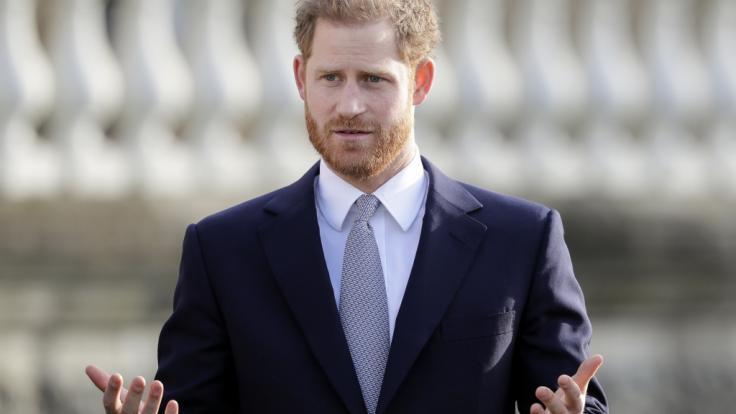 Sachen gibt's... Prinz Harry soll, so geht es aus indischen Gerichtsunterlagen hervor, einer wildfremden Frau per E-Mail die Ehe versprochen haben. (Foto)