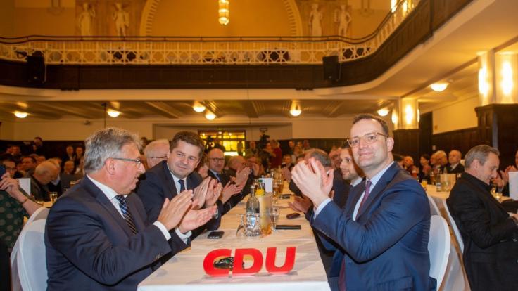 CDU-Politiker bei einer Veranstaltung zum politischen Aschermittwoch in Stendal, Sachsen Anhalt. (Foto)
