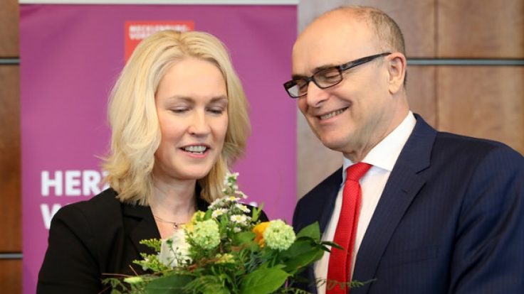 Erwin Sellering tritt als Ministerpräsident von Mecklenburg-Vorpommern zurück. Michaela Schwesig ist seine Wunsch-Nachfolgerin. (Foto)