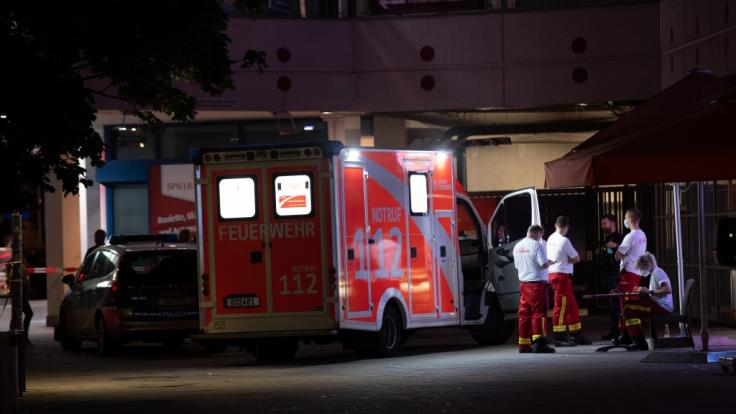 Am Alexanderplatz wurde ein Mann nach einer Messerattacke getötet und ein weiterer verletzt. (Foto)